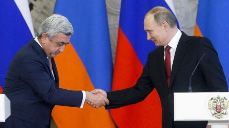 Putin rokoval s arménskym prezidentom o Náhornom Karabachu