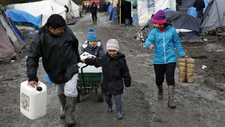 Francúzsko chce zrušiť ďalší utečenecký tábor na severe krajiny