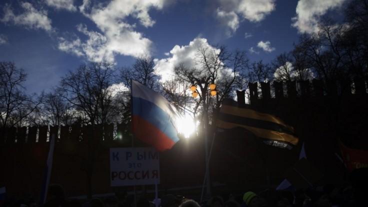 Krym a Rusko navždy, ozývalo sa na výročných oslavách anexie