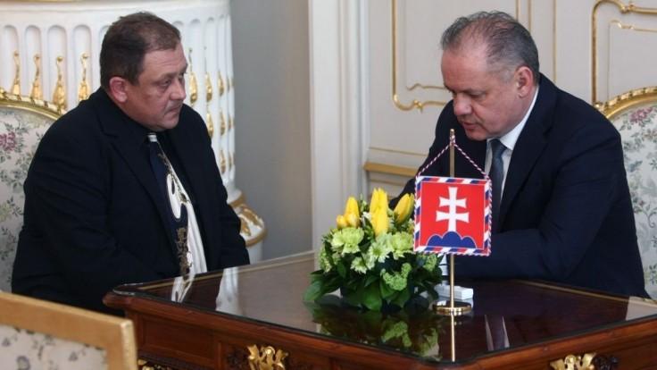 Kiska prijal bývalého člena SIS, diskutovali o únose Kováčovho syna