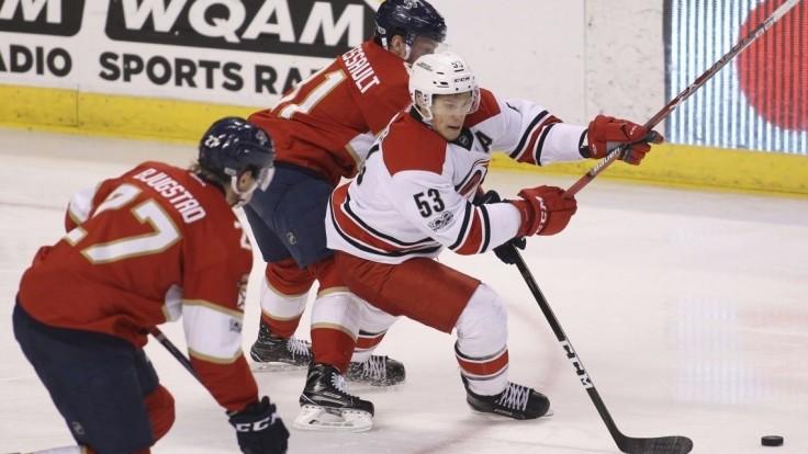 NHL: Hossa s dvomi bodmi, Pittsburgh v Play-off