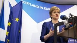 V Škótsku pokračuje diskusia o referende, Mayová s návrhom nesúhlasí
