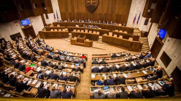 V parlamente premietnu film Únos, vystúpia aj viacerí herci