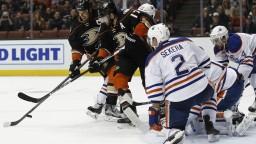 NHL: Edmonton aj Columbus po sérii štyroch víťazstiev utrpeli prehry
