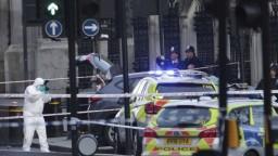 Poznajú pravé meno londýnskeho útočníka, ľudia zostávajú vo väzbe