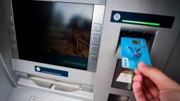 Ukrojí nám inflácia z úspor? Peniaze v bankách sa môžu znehodnotiť