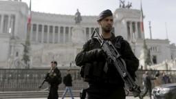 Rímska obrana je v pohotovosti. Summit budú strážiť tisíce policajtov