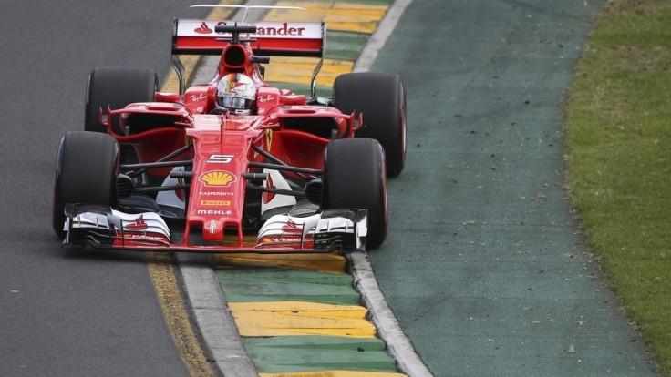 Vettel najrýchlejší v 3. tréningu pred VC Austrálie, zajazdil rekordný čas