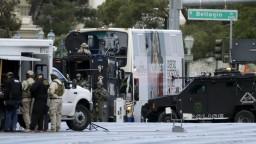 Útočník v Las Vegas zastrelil človeka a zabarikádoval sa v autobuse