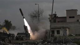 USA potvrdili správy o bombardovaní štvrte, ktorú ovládali islamisti