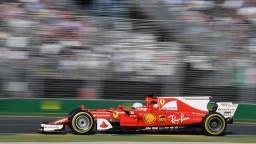 Ferrari prekabátilo Mercedes, Vettel v Austrálii zvíťazil pred Hamiltonom