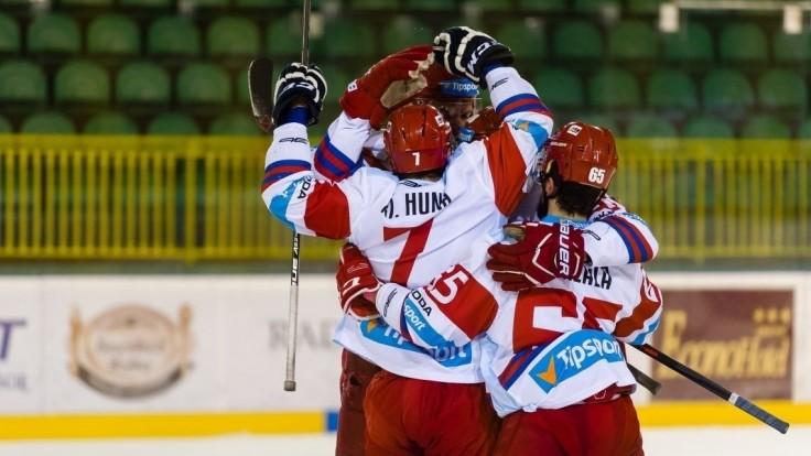 Liptáci otočili na domácom ľade zápas proti Trenčínu