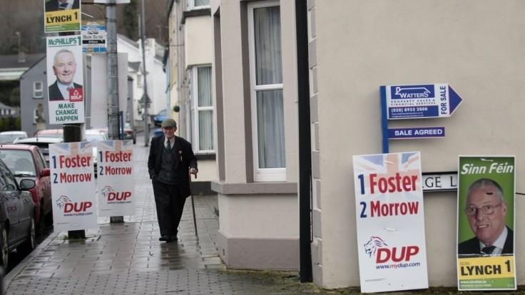 V Severnom Írsku hrozia predčasné voľby, na ťahu je Londýn