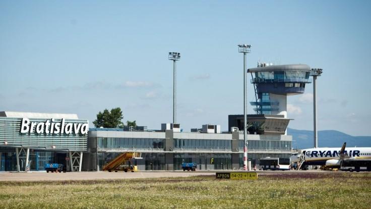 Z Bratislavy začala premávať nová letecká linka na Balkán