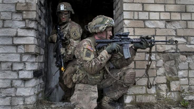 NATO sa chce prispôsobiť novým hrozbám, investuje do techniky