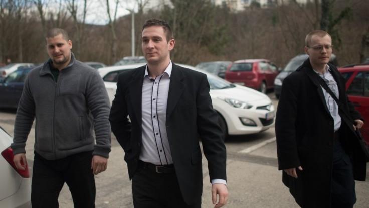 Kotlebovec Uhrík hovoril o bielych deťoch, čelí trestnému oznámeniu