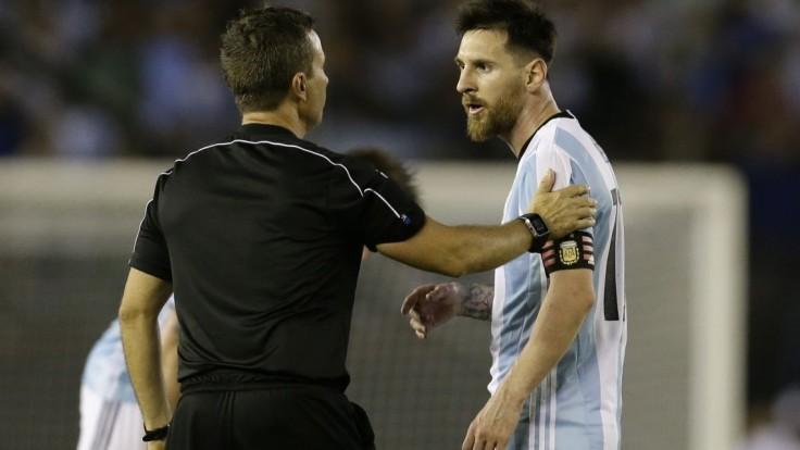 Messi dostal štvorzápasový dištanc a musí zaplatiť pokutu