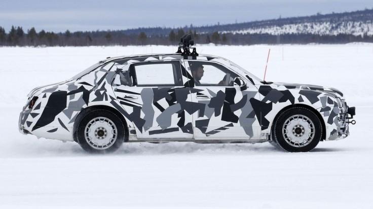 Na vývoji limuzíny pre Putina sa podieľa Porsche i Land Rover