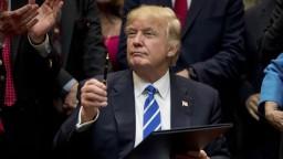 Trump zrušil dekrétom viacero Obamových ekologických opatrení