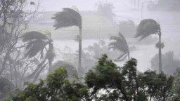 Ničivý cyklón napáchal v Austrálii veľké škody. Hrozia aj záplavy