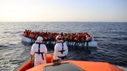 Migranti čoraz viac riskujú. V mori sa utopili desiatky Afričanov