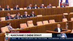 Hlasovanie parlamentu o vládnom návrhu na zmenu Ústavy SR