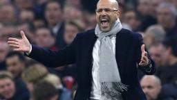 Ajax zdramatizoval súboj o titul, Schöne predviedol parádny gól