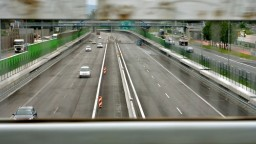 Diaľnicu D1 by mali rozšíriť na osem pruhov, súbežné cesty dostali stopku