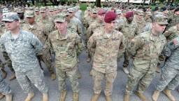 Investujte do obrany, vyzýva šéf NATO. Európa vraj čelí hrozbám