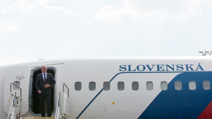 Poslanci požiadali Kisku, aby lietadlá využíval len služobne