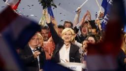 Polovica Francúzov ešte nevie, koho bude voliť za prezidenta