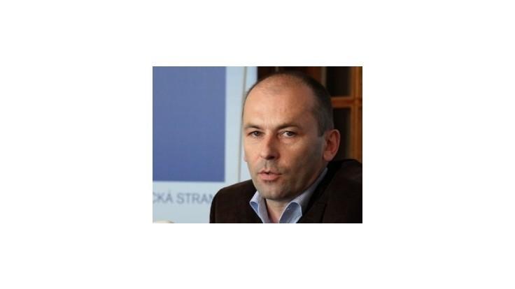 Predsedom poslaneckého klubu SDKÚ-DS by mal byť Kaník