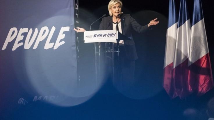 Le Penovej míting poznačili násilnosti nacionalistov a ultrapravičiarov