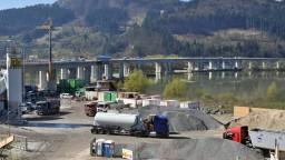 Nový úsek diaľnice D3 bude unikátom Európy, práce by mali finišovať v novembri