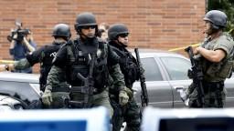 Muž spustil streľbu v základnej škole, zabil učiteľku a potom seba