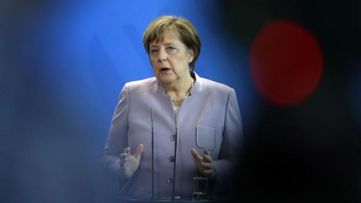 Merkelová dostala účet za migrantov. Mesto žiada státisíce eur