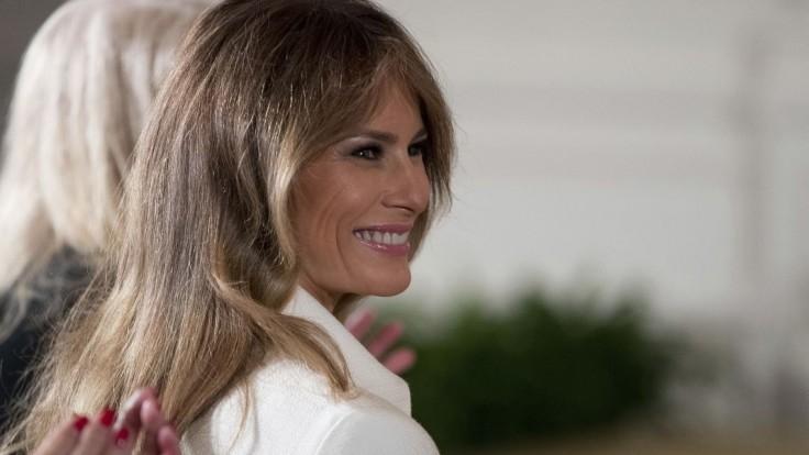 Známy denník urazil Trumpovu manželku, teraz musí platiť