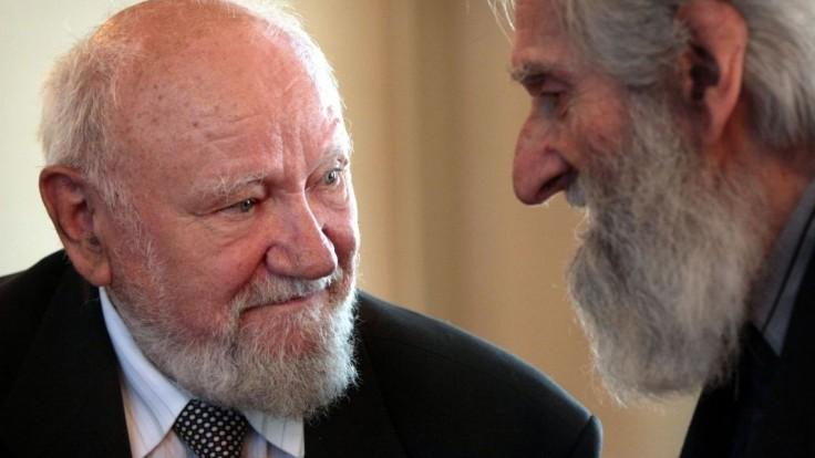 Vo veku 87 rokov zomrel známy sochár Teodor Baník