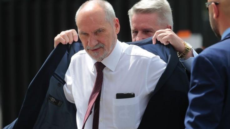 Poľská vládnuca strana rieši problém, spor vyvolali jej členovia