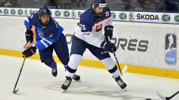 Slovenskí hokejisti do 18 rokov prehrali s Fínmi