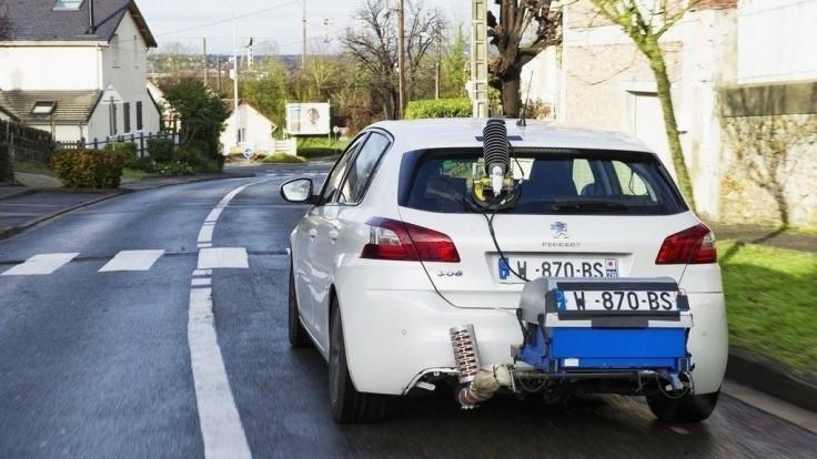 Nemci zvažujú, či zverejnia reálnu spotrebu svojich áut