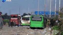 Pri cielenom útoku na konvoj v Aleppe zahynula stovka civilistov