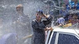 V Číne odštartovali vodný festival, ide o najväčšiu vodnú bitku na svete