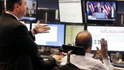 Odborníci varujú pred ekonomickou krízou, cena akcií je vraj nadhodnotená