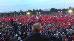 Pri tureckom referende mohli zmanipulovať milióny hlasov