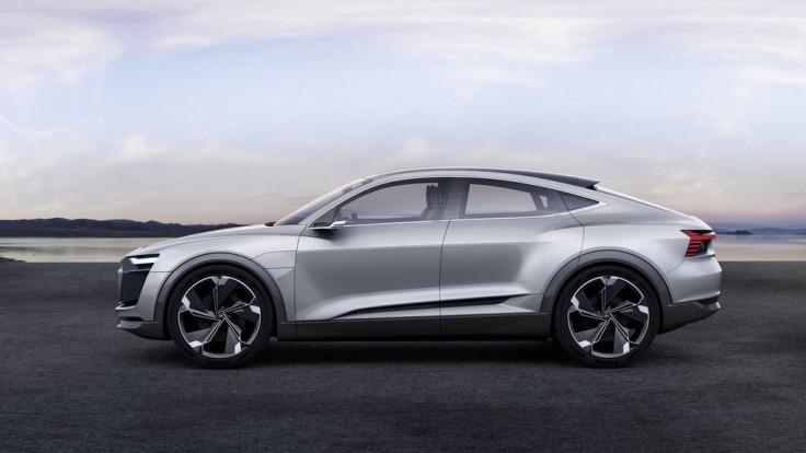 Elektrické Audi e-tron Sportback sa o dva roky objaví vo výrobe