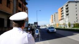 Pozor na tachometer, polícia spustila rýchlostný maratón