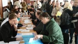 Nezamestnanosť v marci klesla, atakuje hranicu osem percent