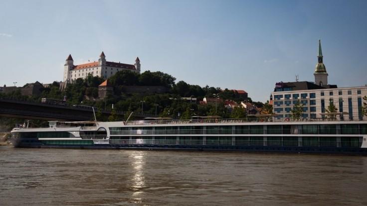 Nočný život z centra Bratislavy nevymizne, schválili nové pravidlá