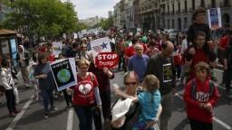 Svet si pripomína Deň Zeme, sprievodný protest má politický podtón